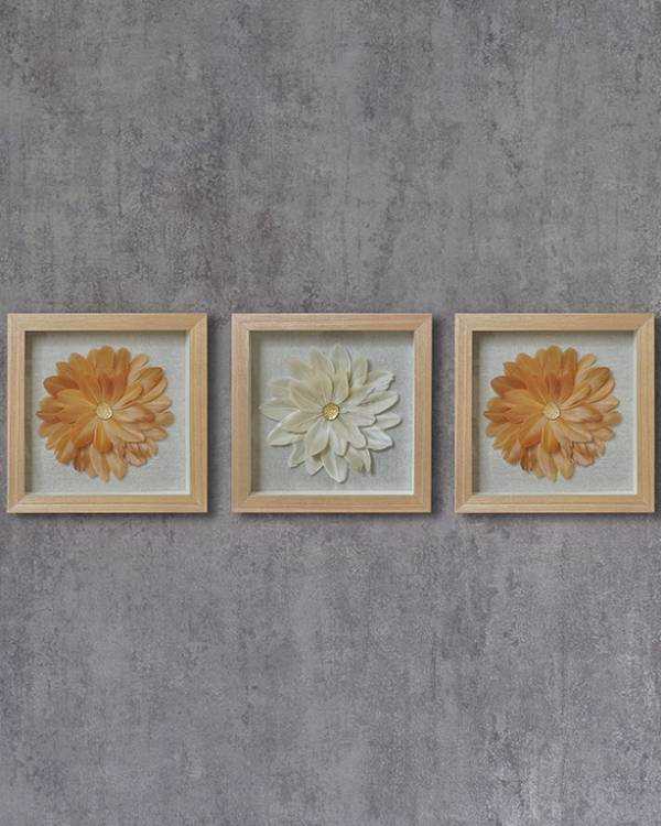 Feather Art Wallpiece (Set Of 3) Wall Hangings