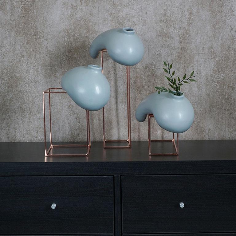 Gravity Defying Vase (L) Vases