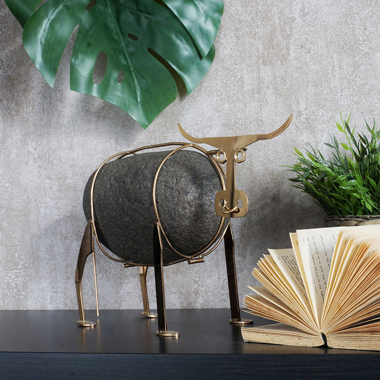 Ganado Bravo Bull Figurine Sculptures & Figurines