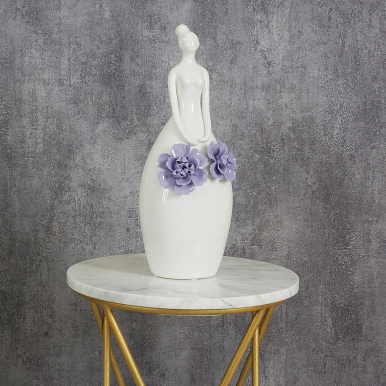 Floral Beauty Figurine L Sculptures & Figurines