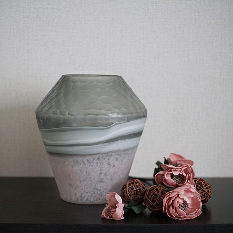 The Honey Comb Vase Vases