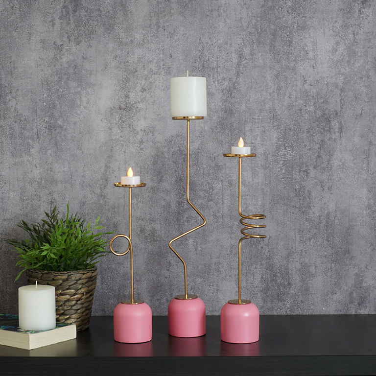Chic Candle Holder (L) Candle Holders