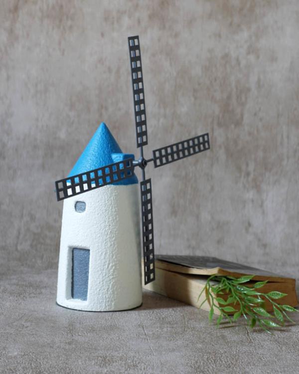 Windmill Cottage Figurine (L) Sculptures & Figurines