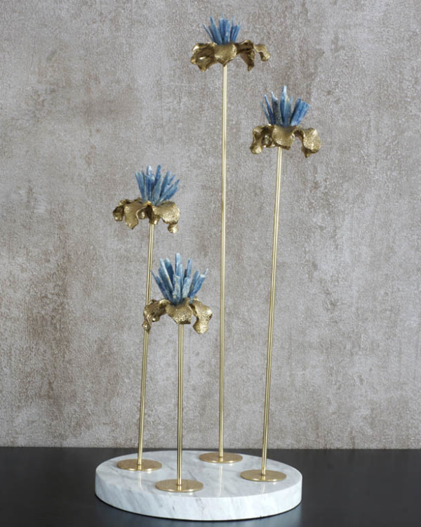Enthralling Flowers Centerpiece Showpieces