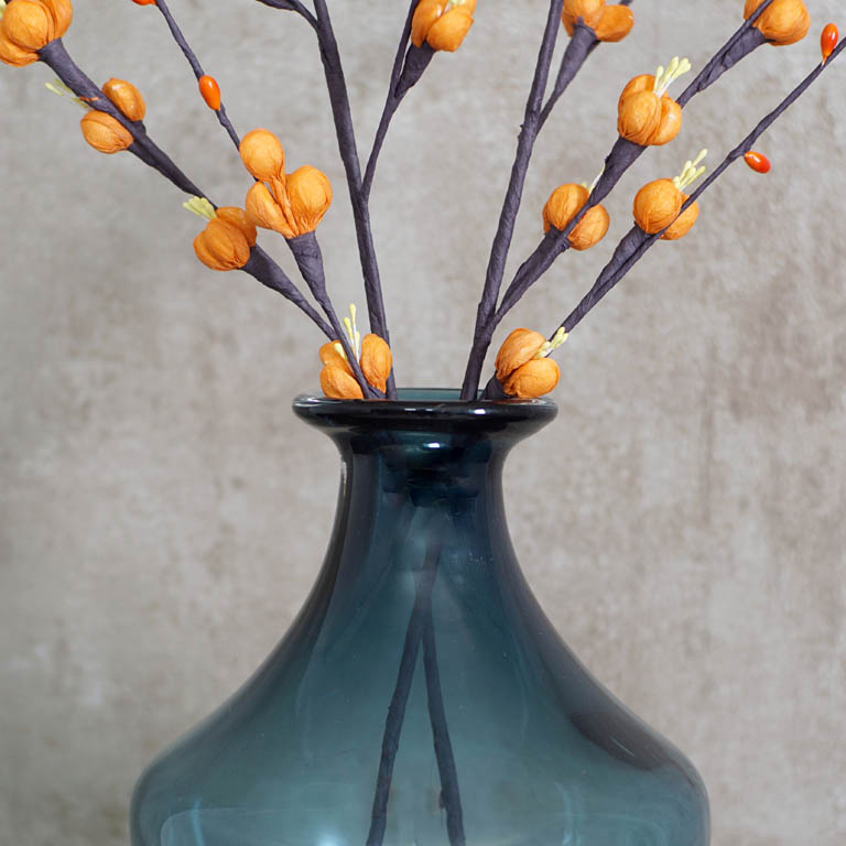 The Honeycomb Vase (L) Vases