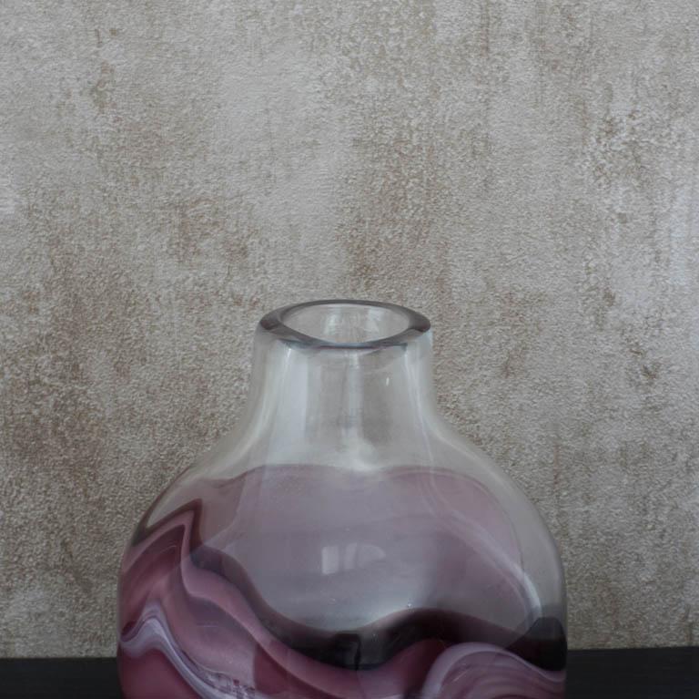 Artful Fluid Vase (S) Vases