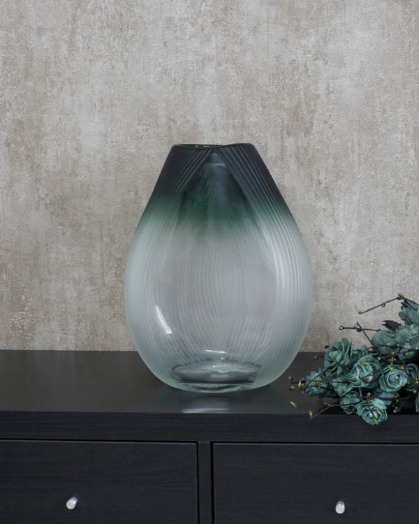Due Drop Vase (L) Vases