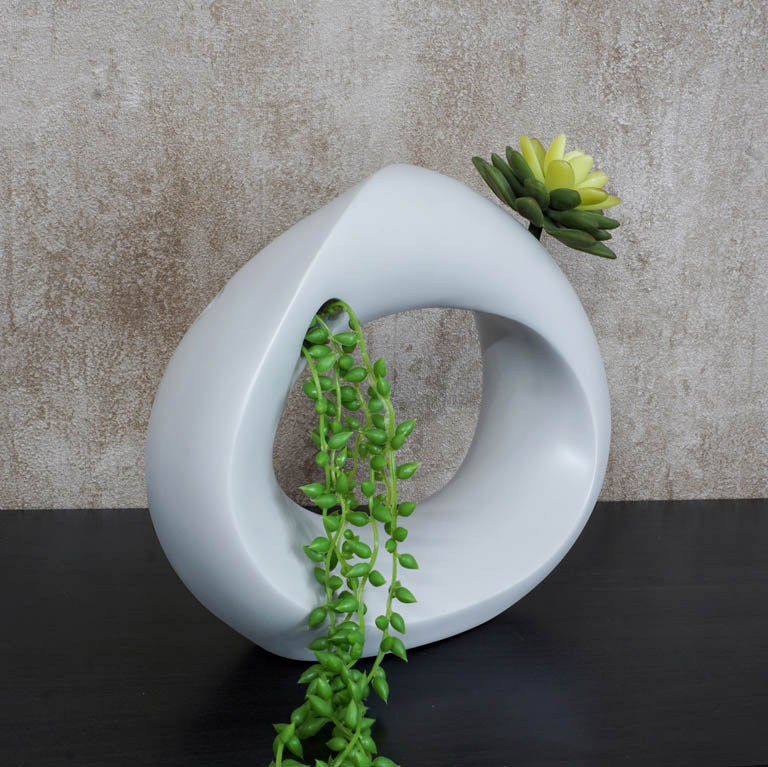 The Hanging Garden Vase (S) Vases